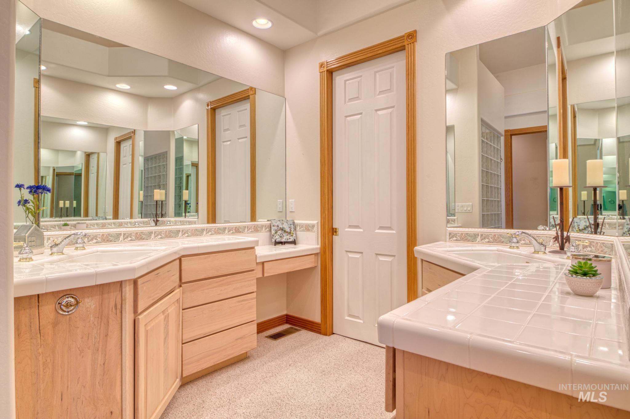 102 Winged Foot Road Property Photo 26