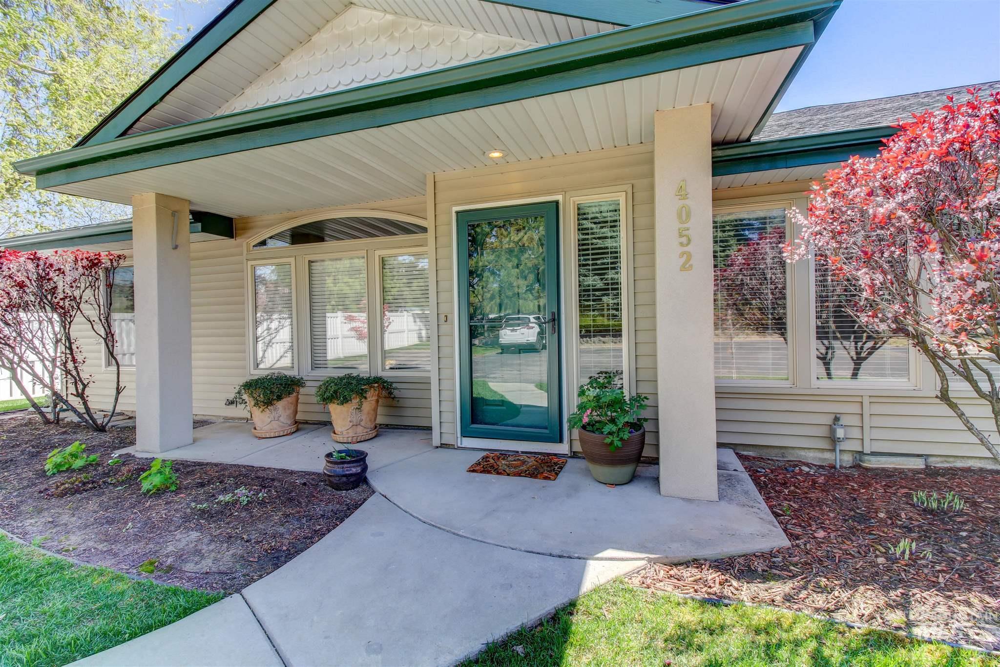4052 N Bayou Lane Property Photo 1