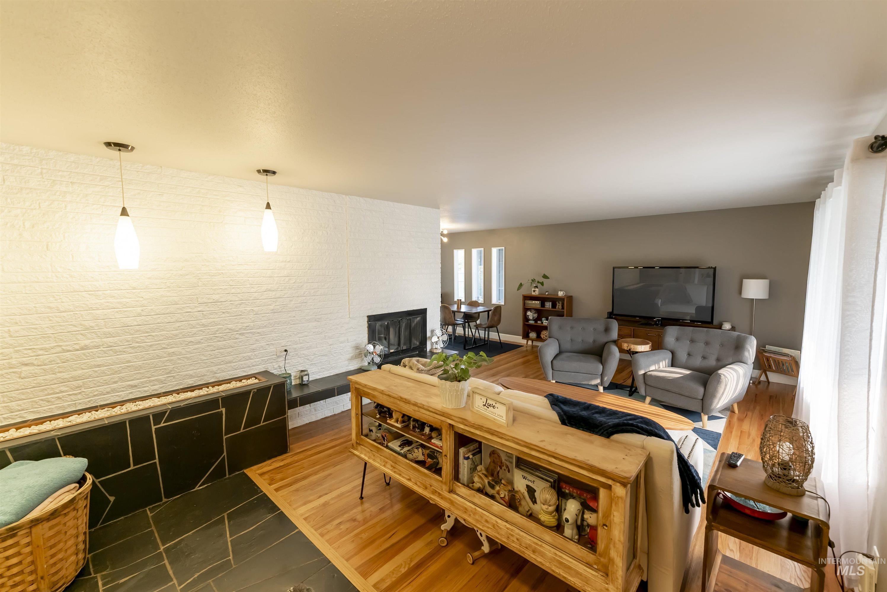 1051 29th Street Property Photo