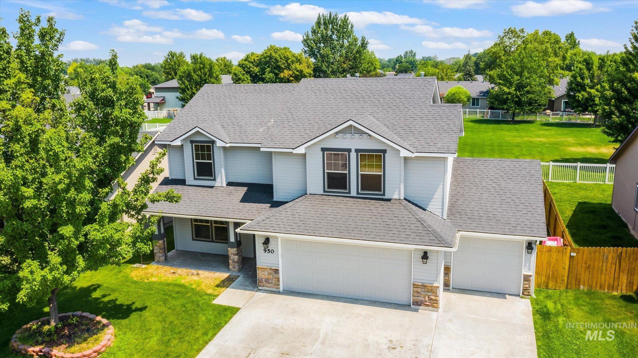 Blue Horizon Real Estate Listings Main Image