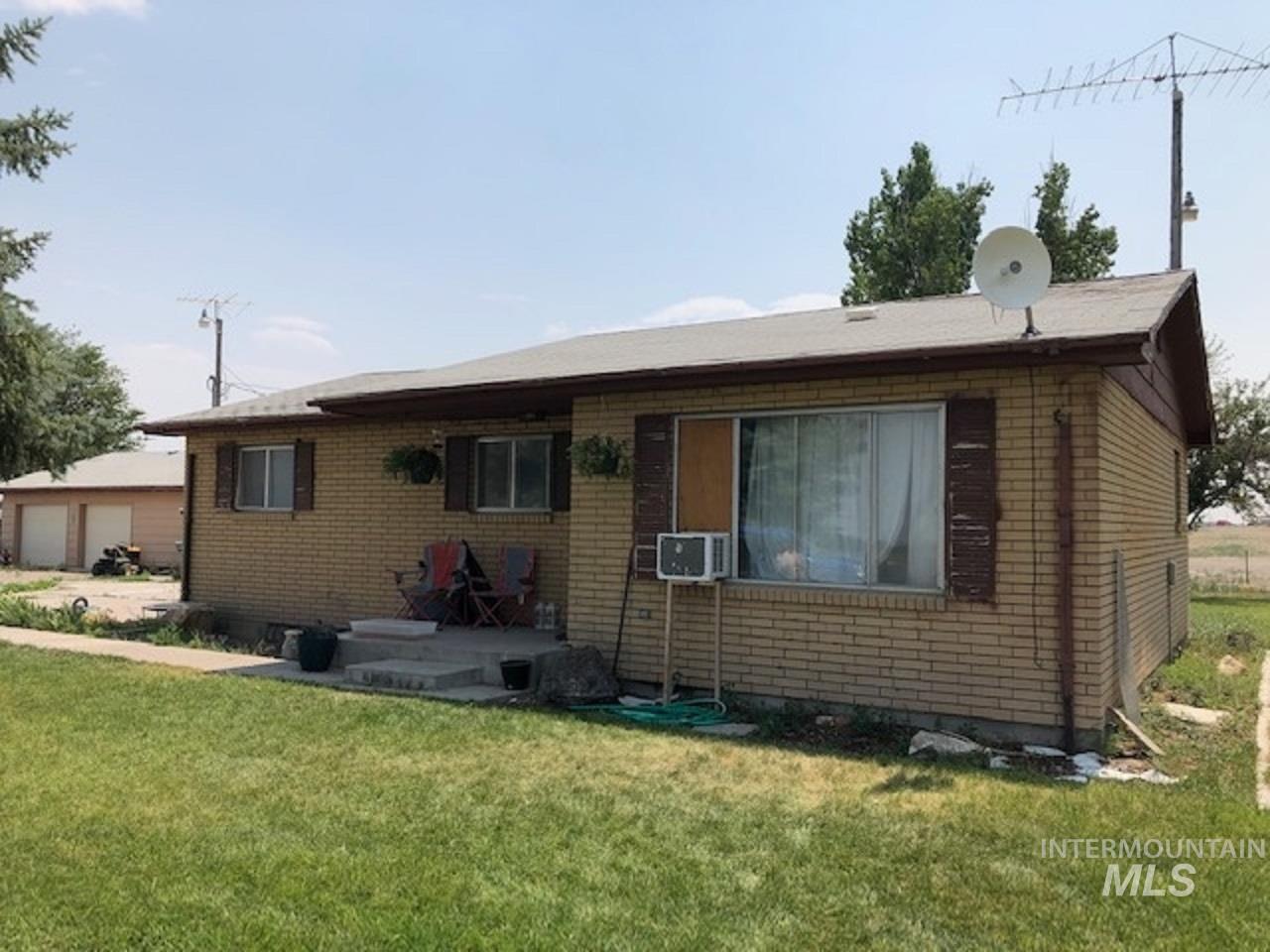2223 E 1725 S Property Photo 1