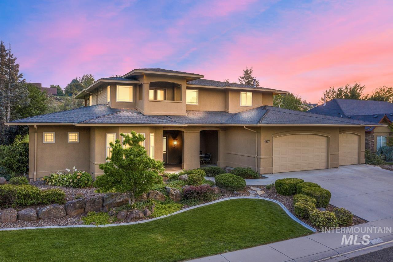 Banbury Meadows Real Estate Listings Main Image