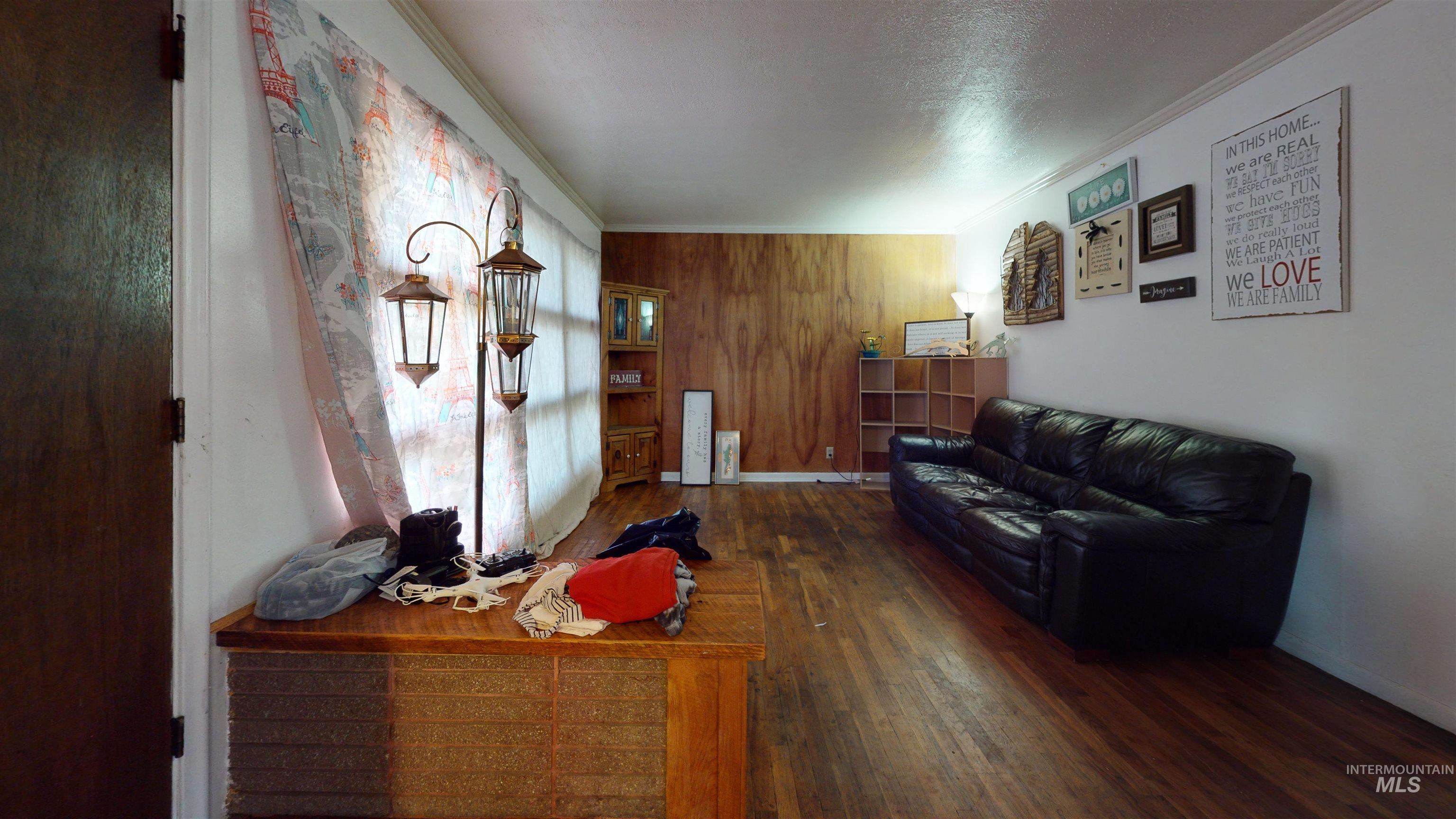 282 J Street Property Photo 14