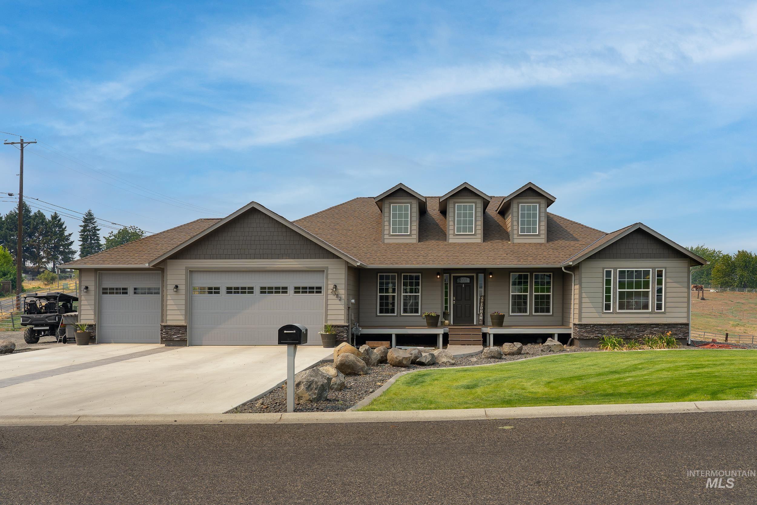 2382 Ridgeview Drive Property Photo