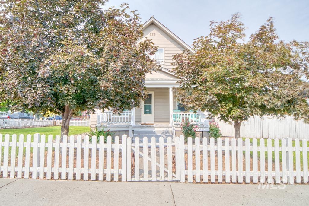 420 Yakima Avenue Property Photo 1