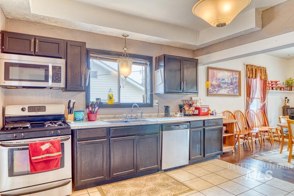 420 Yakima Avenue Property Photo 8