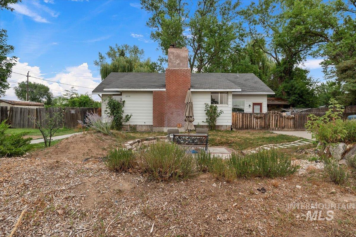 10578 Blackhawk Property Photo