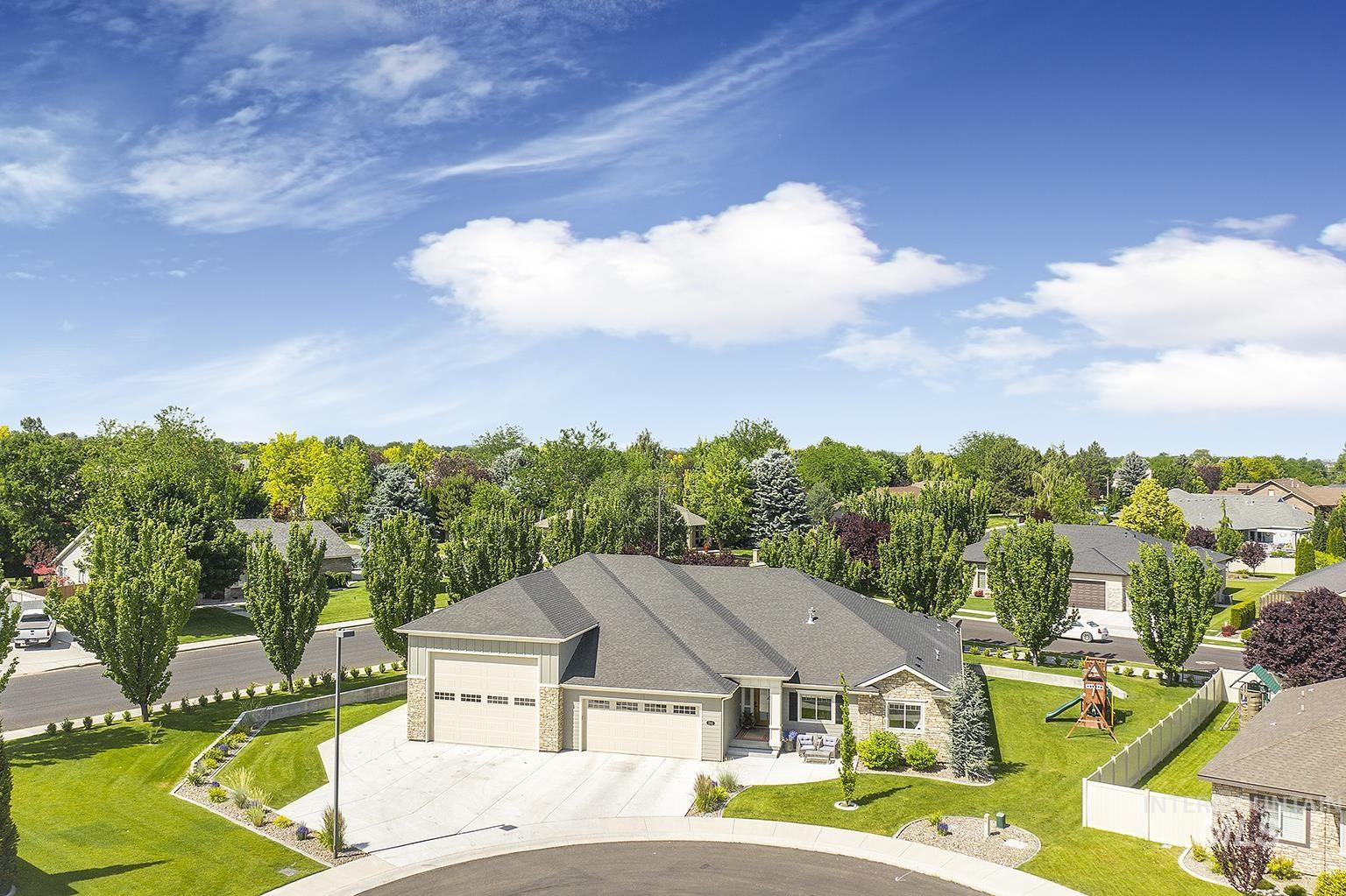 1315 Hinckley Circle Property Photo 1