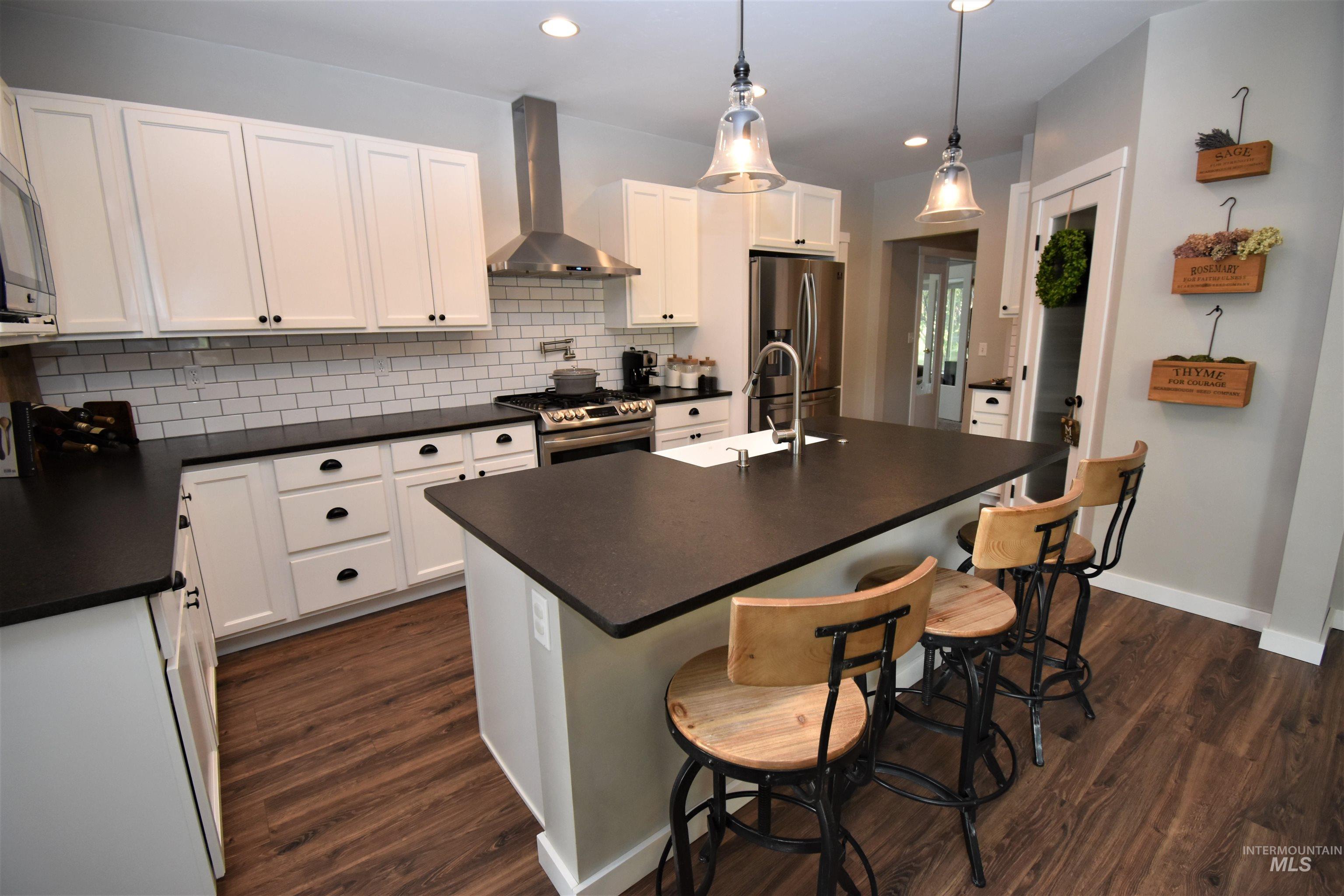 788 Arlington Street Property Photo