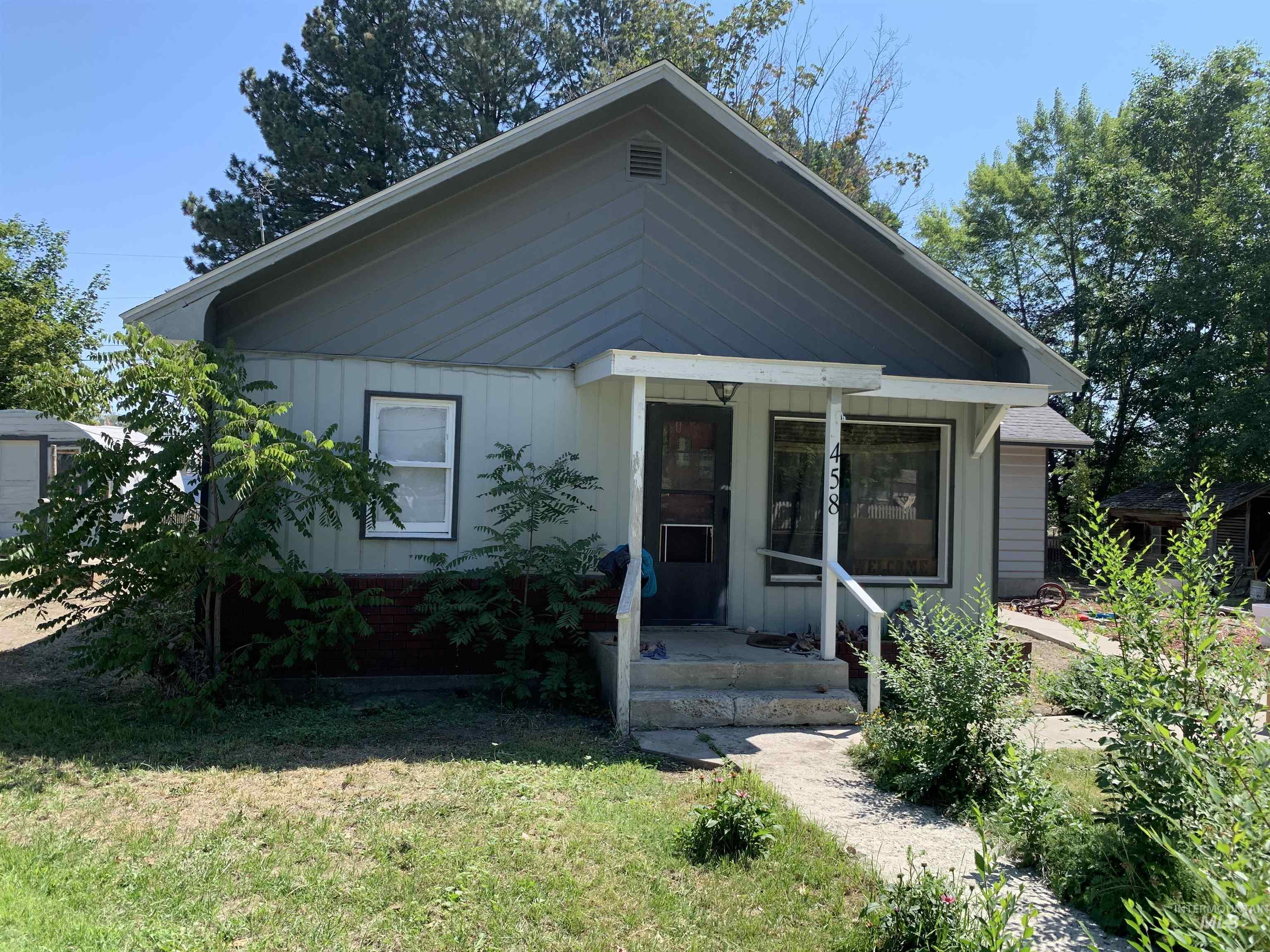 458 Nebraska Street Property Photo 1