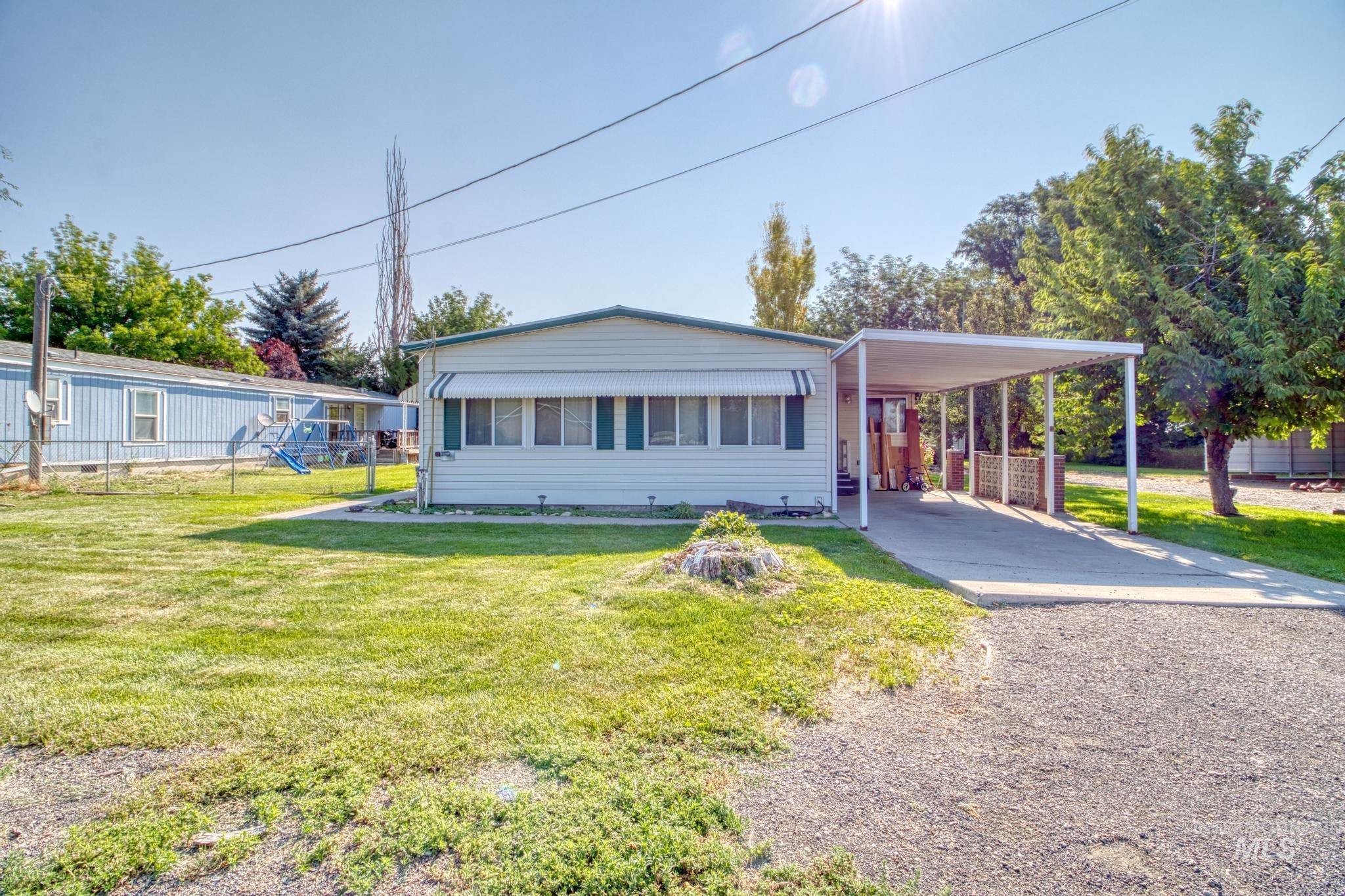 545 Wendell Property Photo