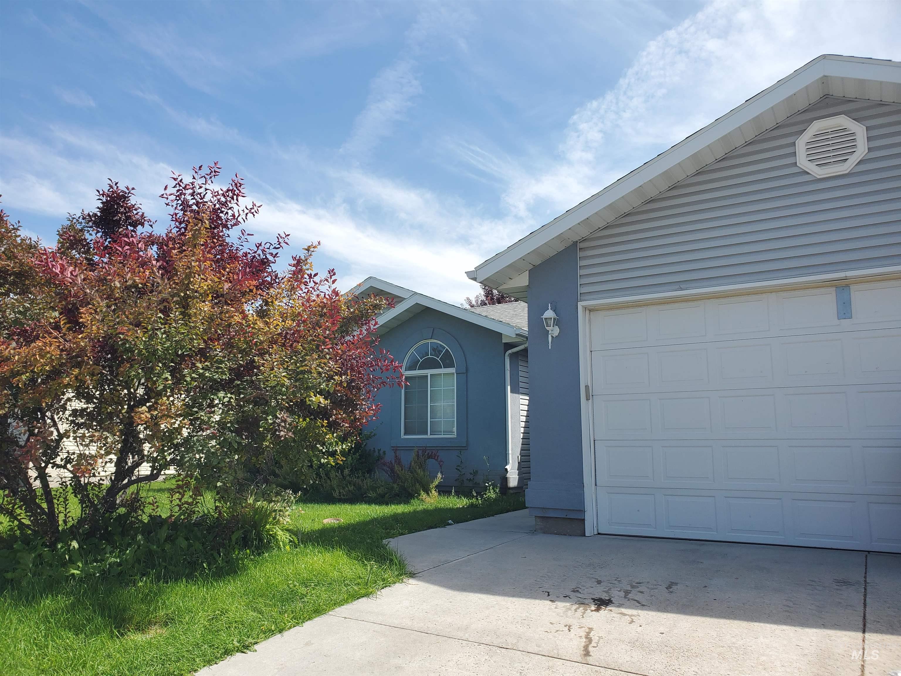 Aspenwood Real Estate Listings Main Image