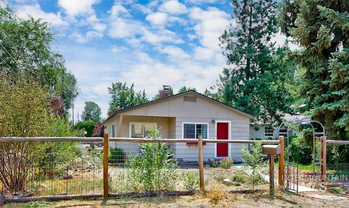 1213 W Highland Property Photo