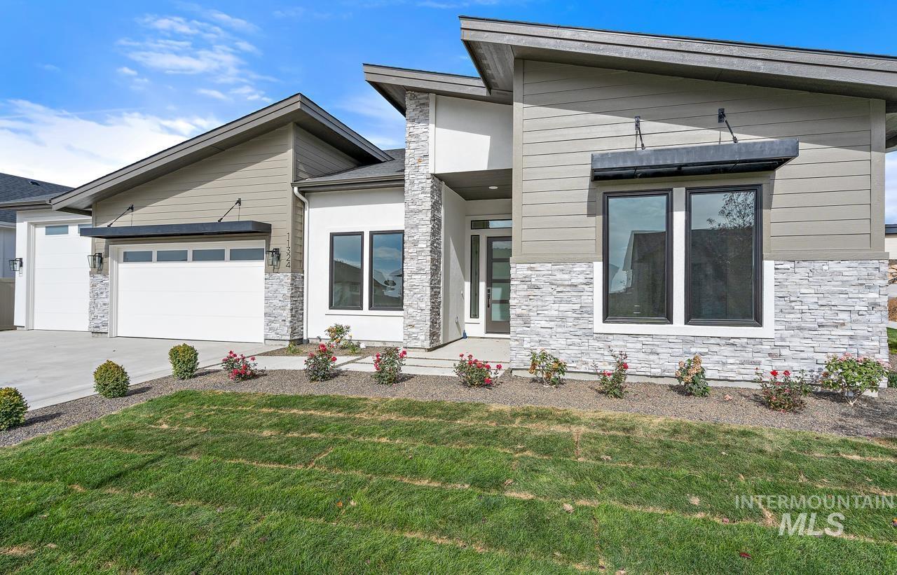 Collina Vista Real Estate Listings Main Image