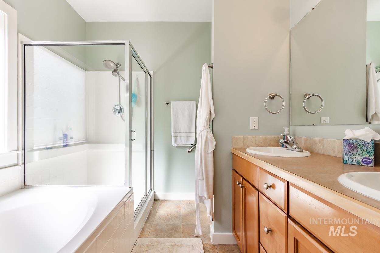 2108 N Trail Creek Lane Property Photo 25