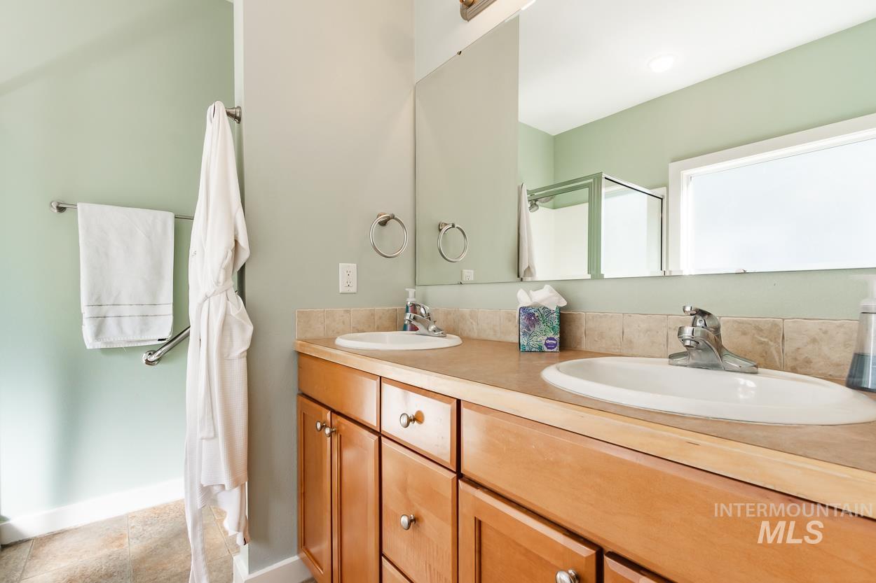 2108 N Trail Creek Lane Property Photo 27