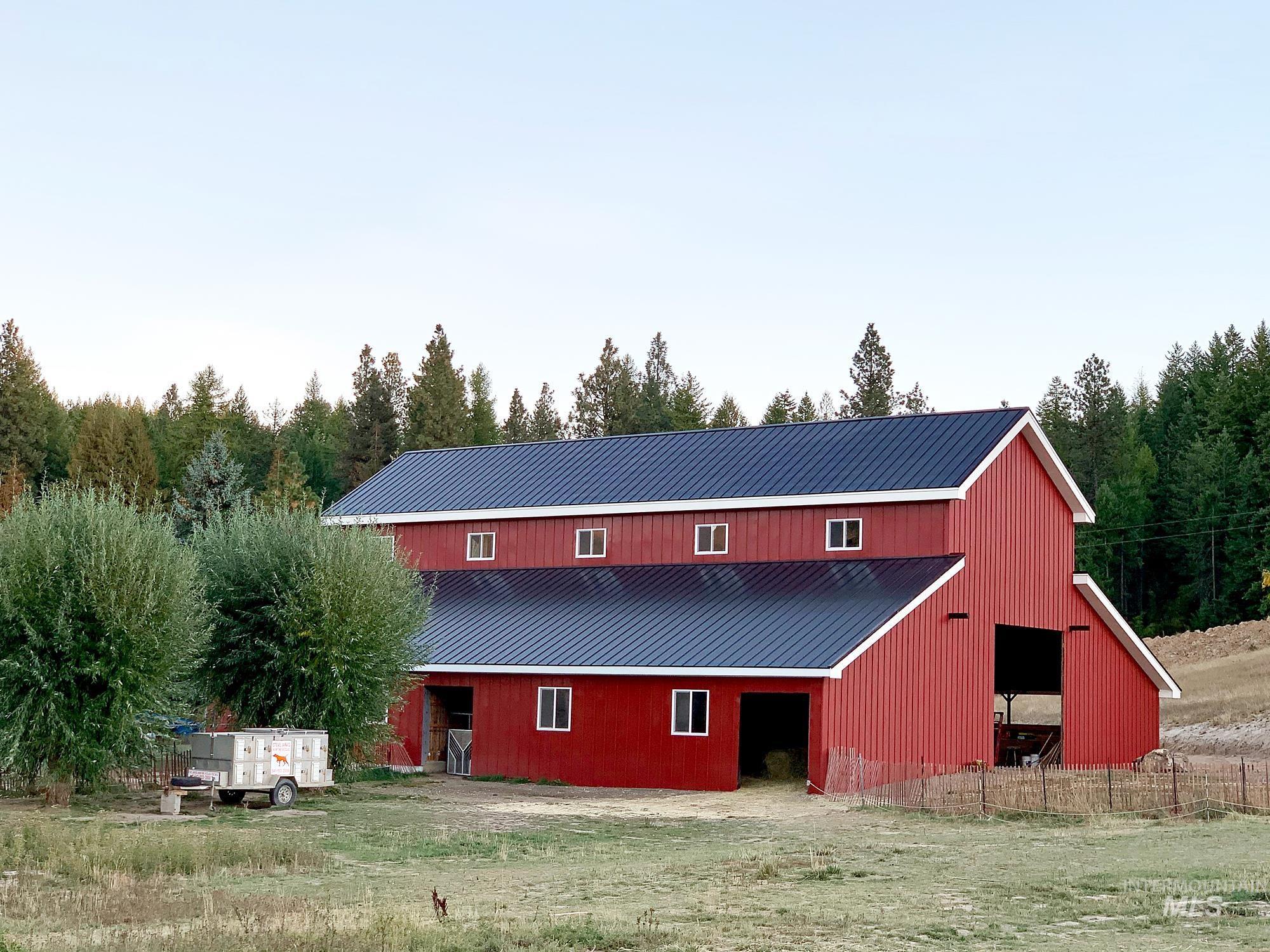 1020 E Rock Creek Property Photo