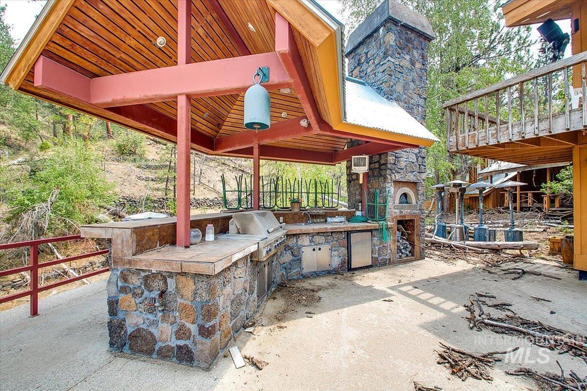 30 Green Ranch Rd Property Photo 6