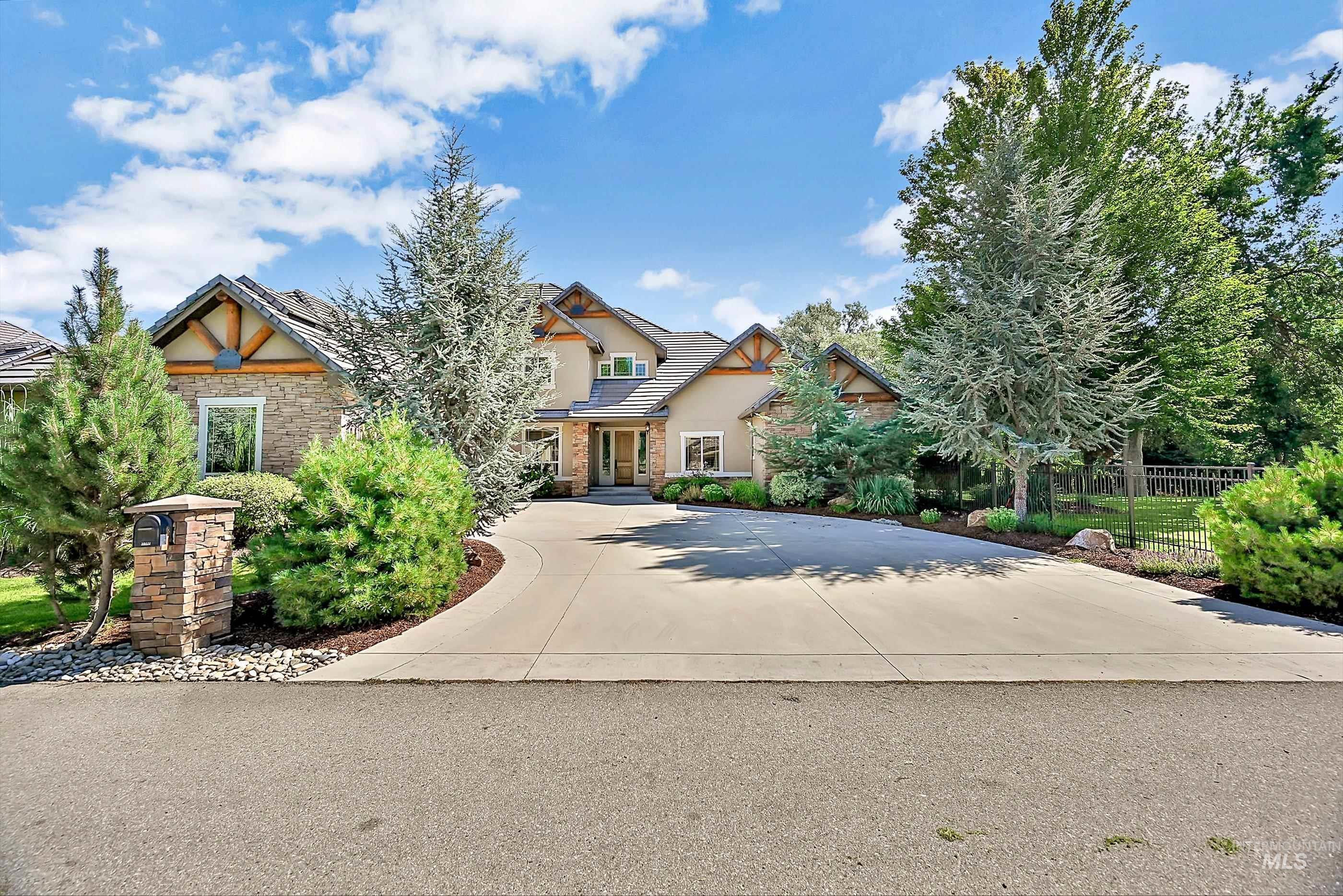 10444 W Sultana Lane Property Photo