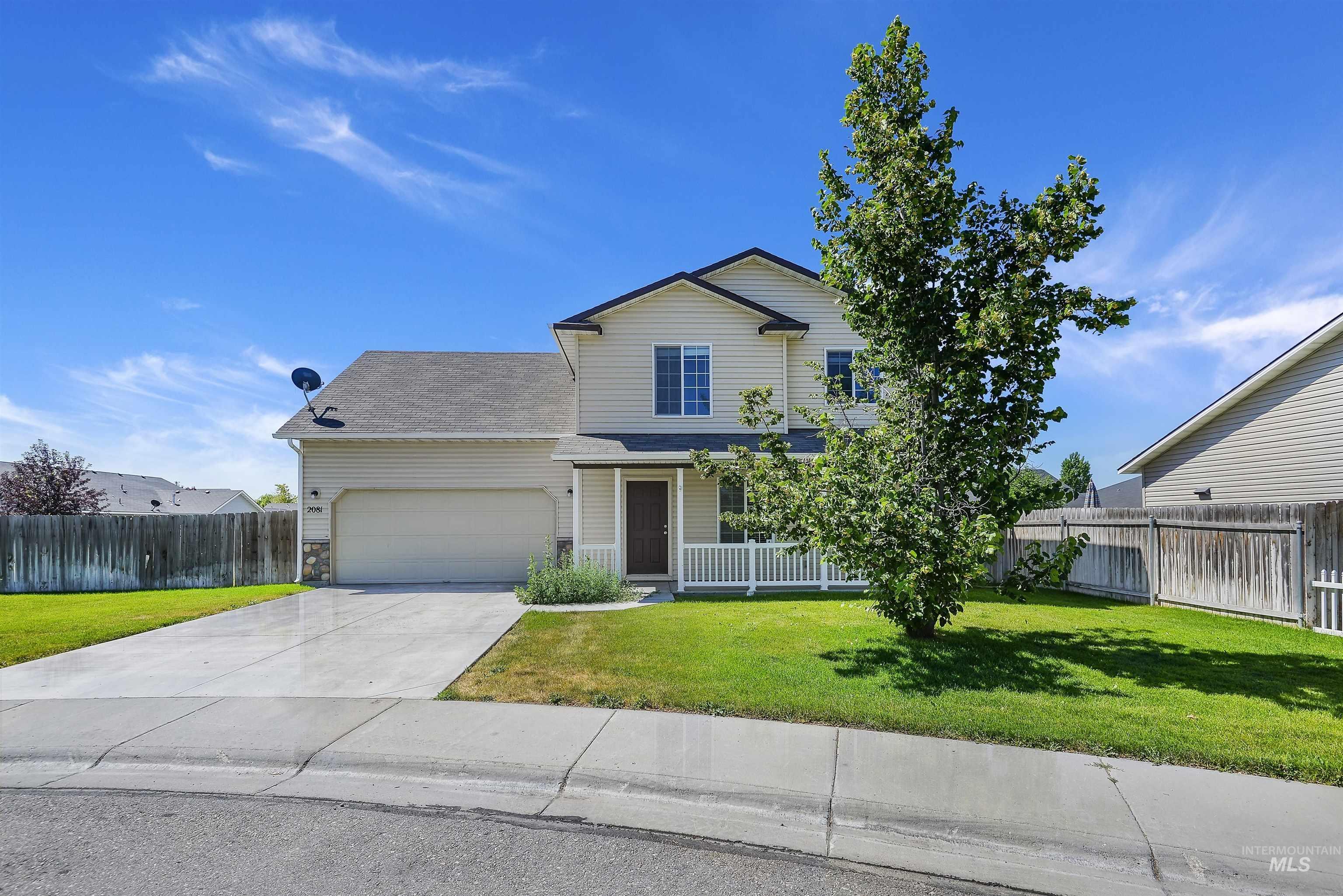 2081 W Lake Pointe Ct Property Photo
