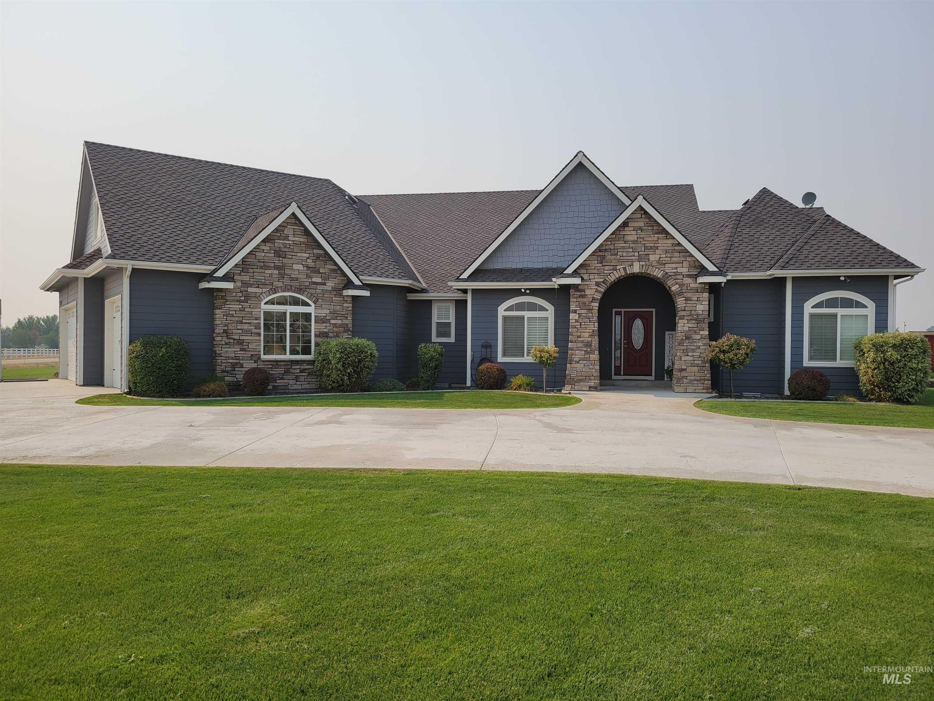 24866 Platinum Lane Property Photo