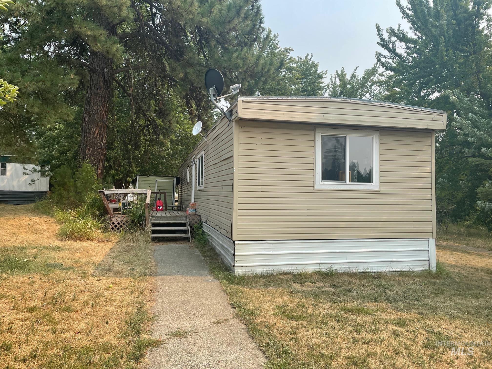 502 Idaho Street Property Photo
