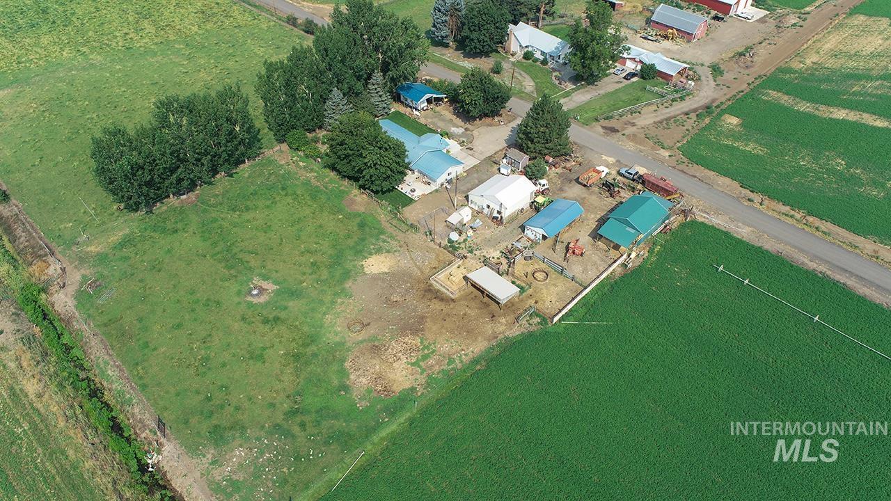 2547 School Rd Property Photo