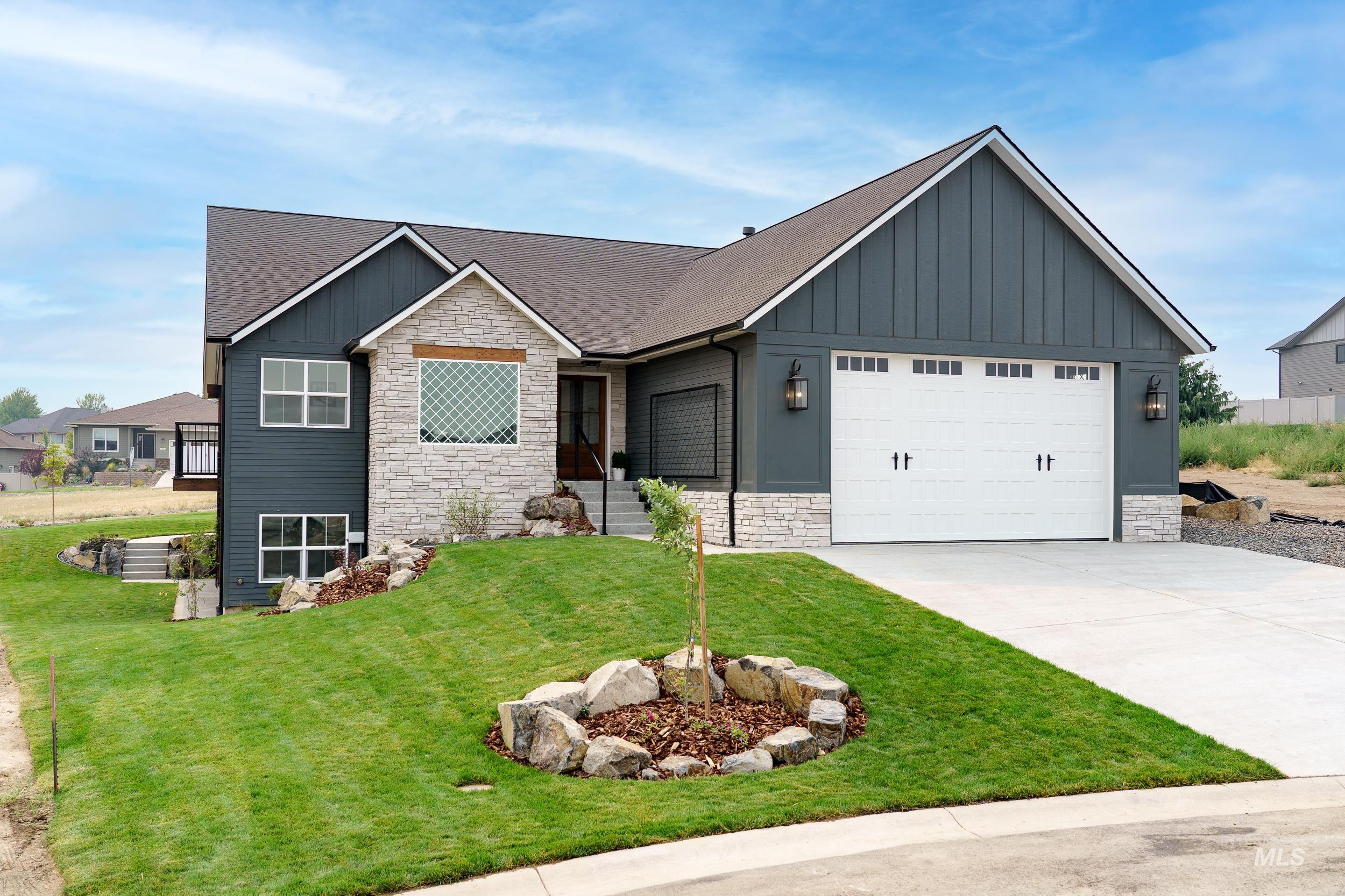 3229 Hidden Valley Loop Property Photo