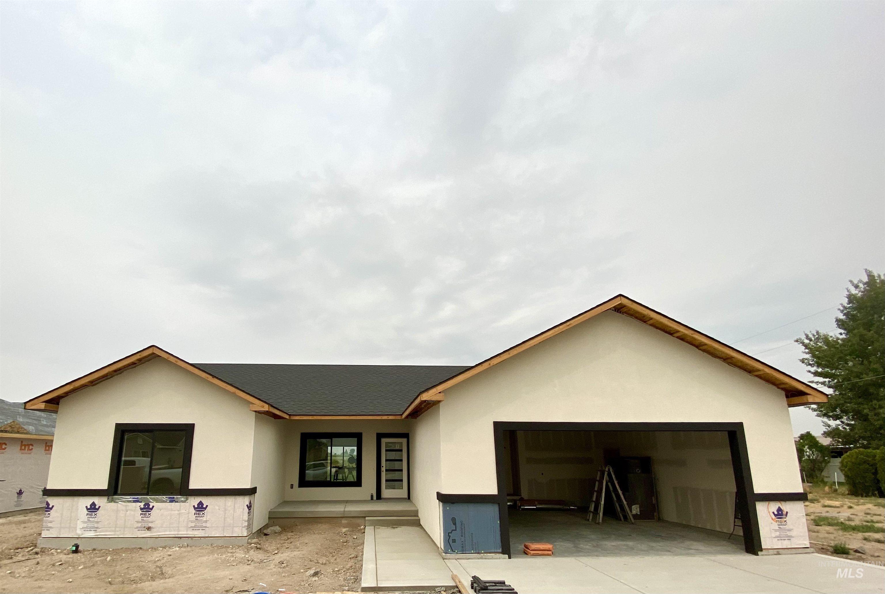 510 W Clark Property Photo