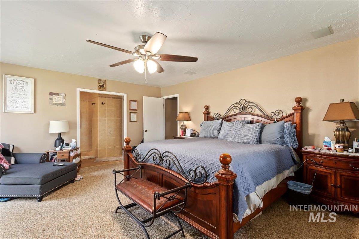 2326 E 1850 S Property Photo 16