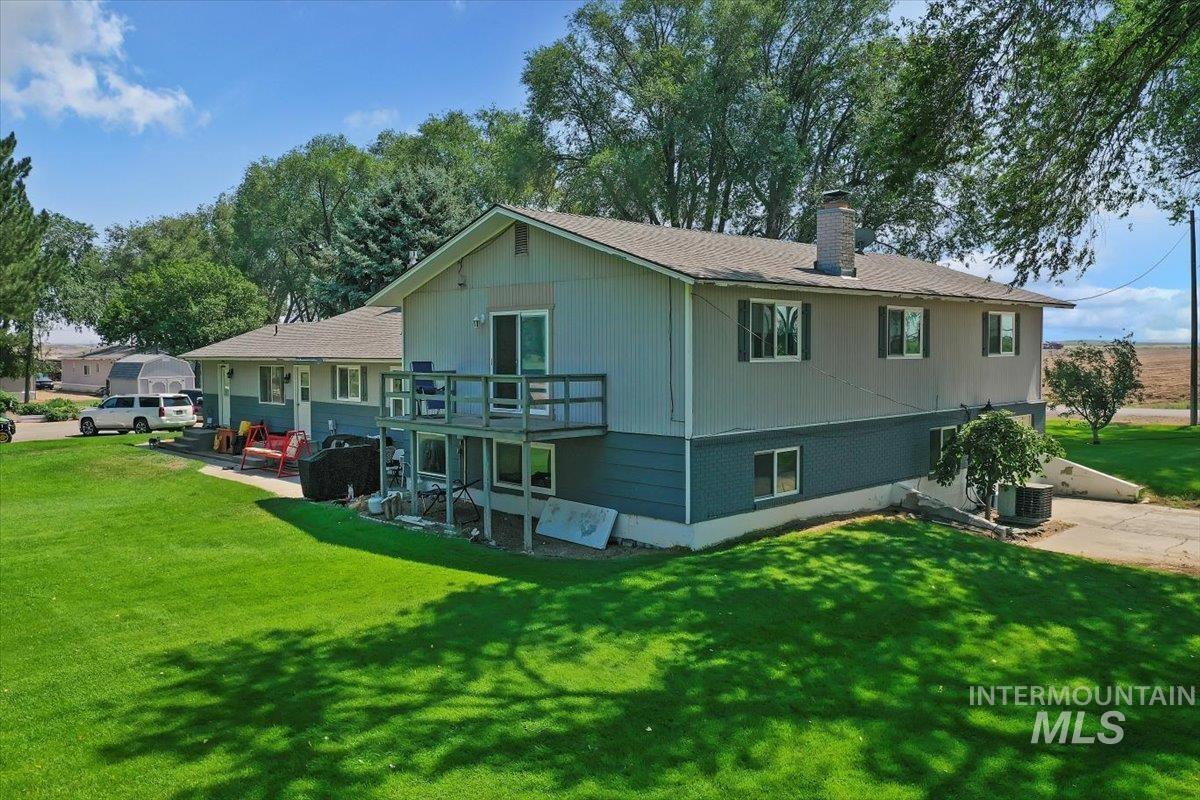 2326 E 1850 S Property Photo 35
