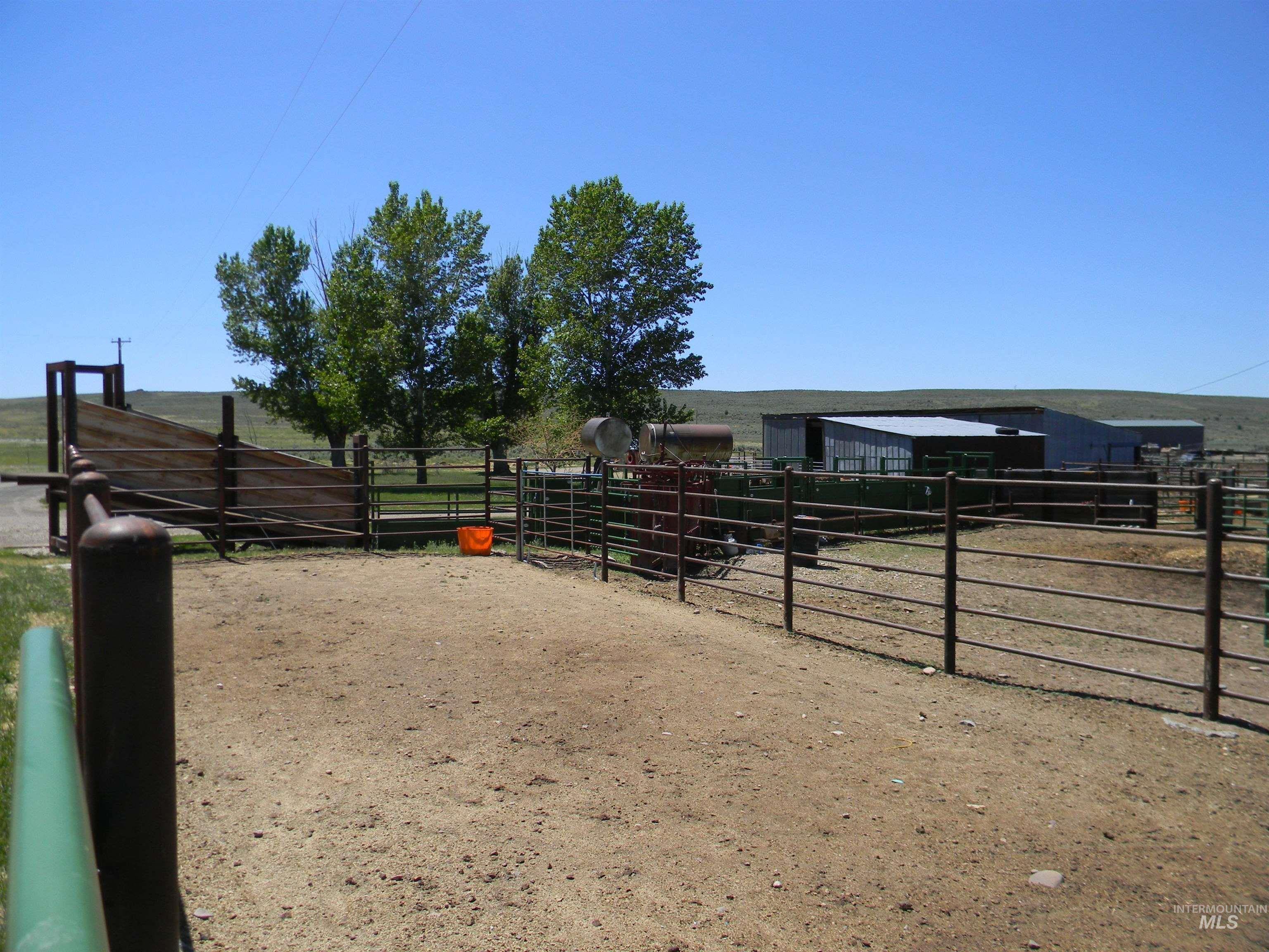 2015 Cow Creek Rd. Property Photo 12
