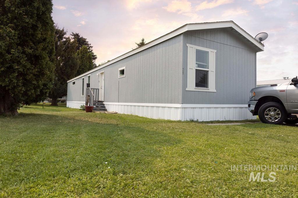 1015 N Fir # 29 Property Photo