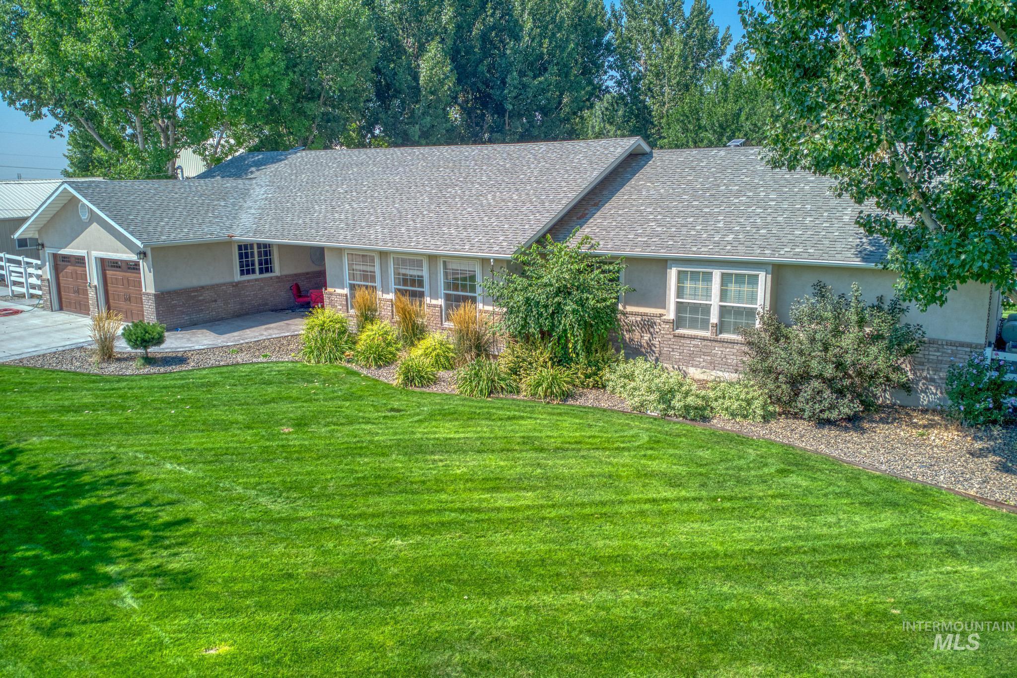 62 Sunnyside Dr Property Photo 4