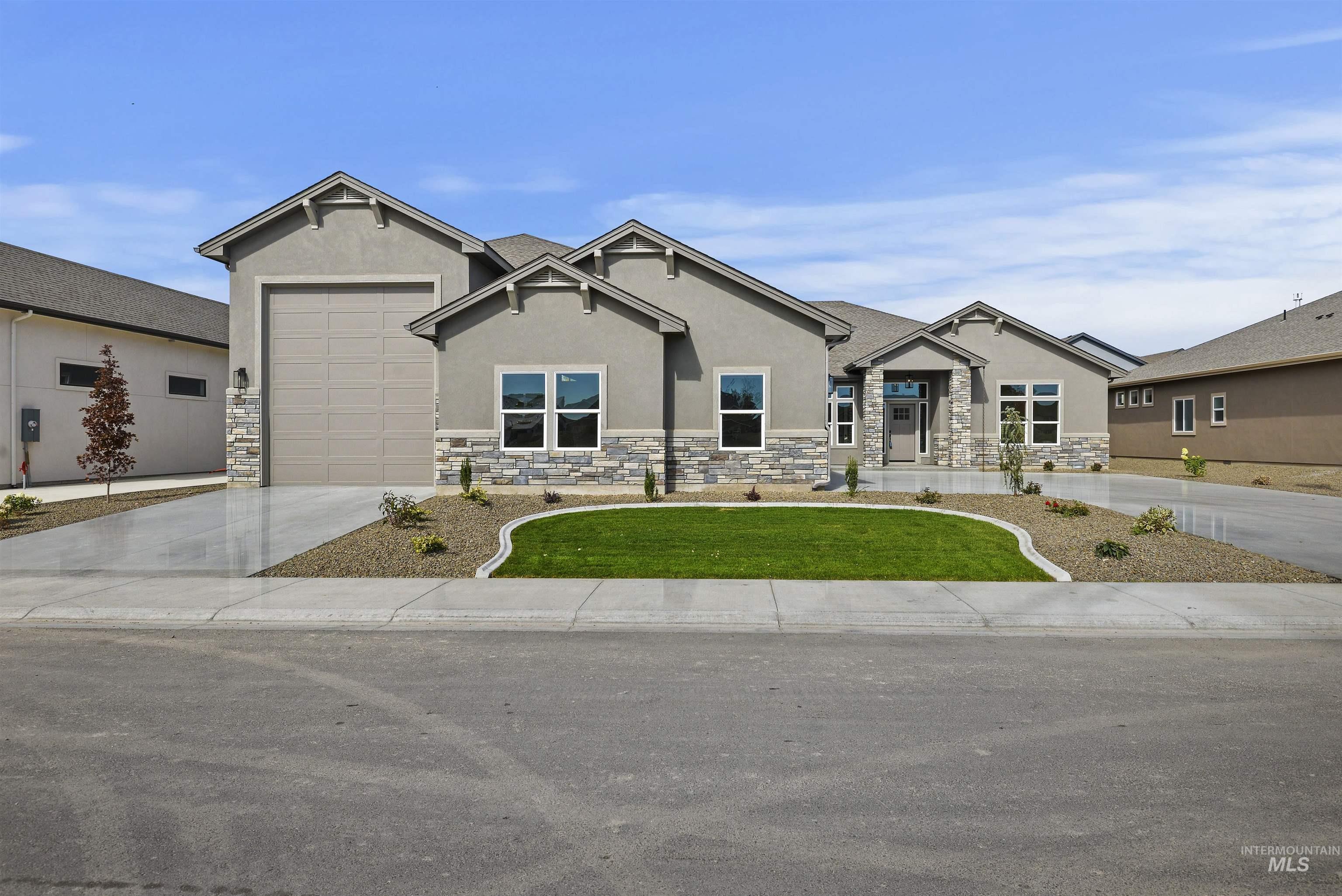 12504 W Superior St Property Photo 1