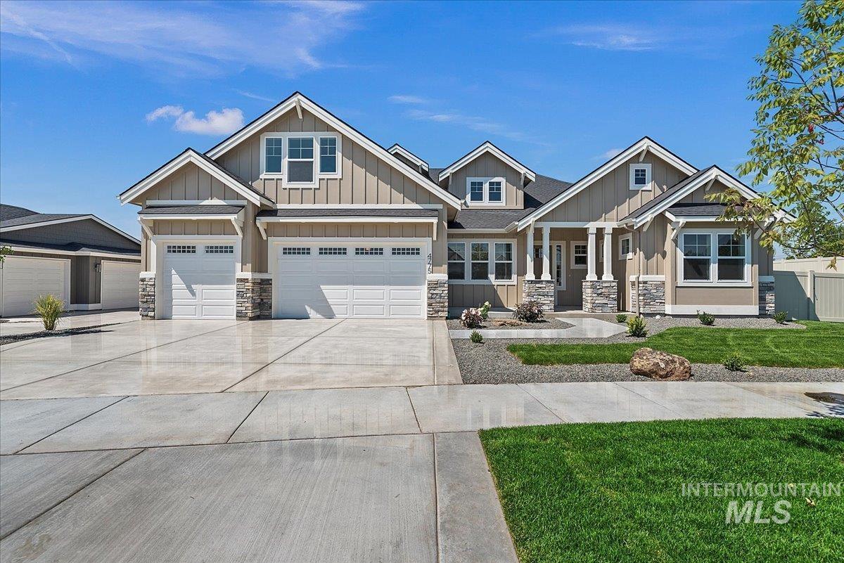 4775 N Saguaro Hills Avenue Property Photo