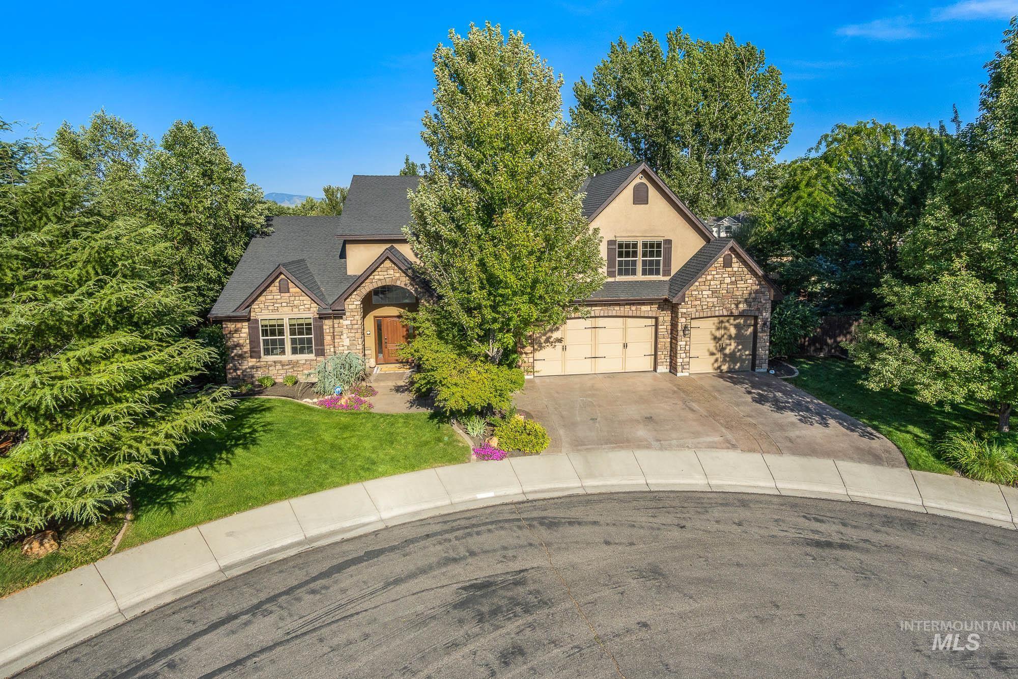 5152 N Brookfield Pl Property Photo