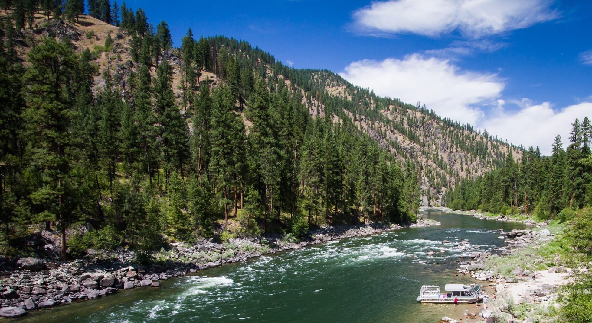 Arctic Creek Lodge Salmon River Property Photo