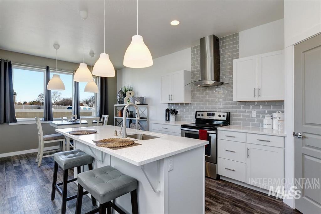 Bella Commons Real Estate Listings Main Image