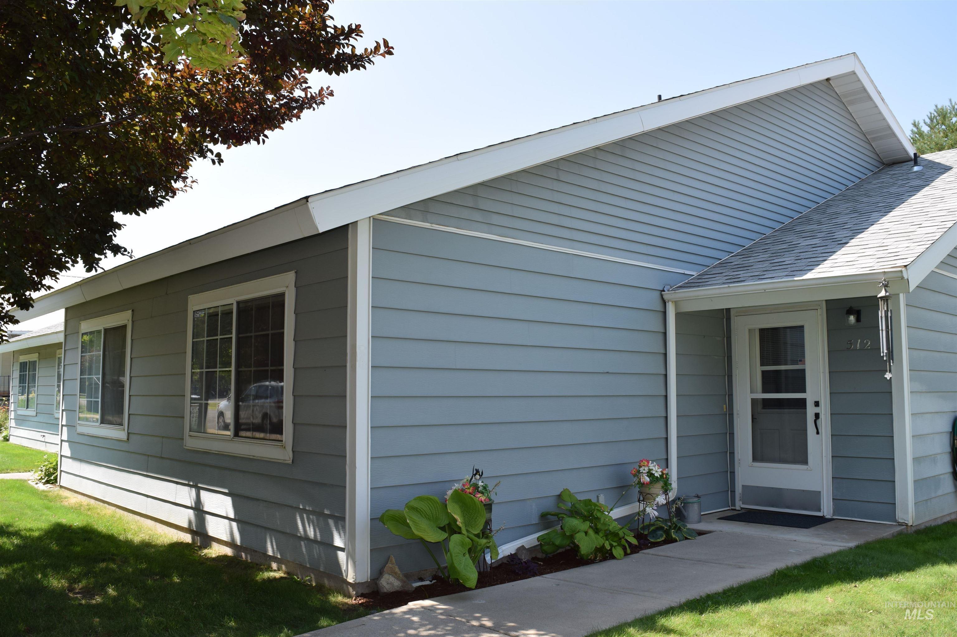 512 Yakima Avenue Property Photo 1