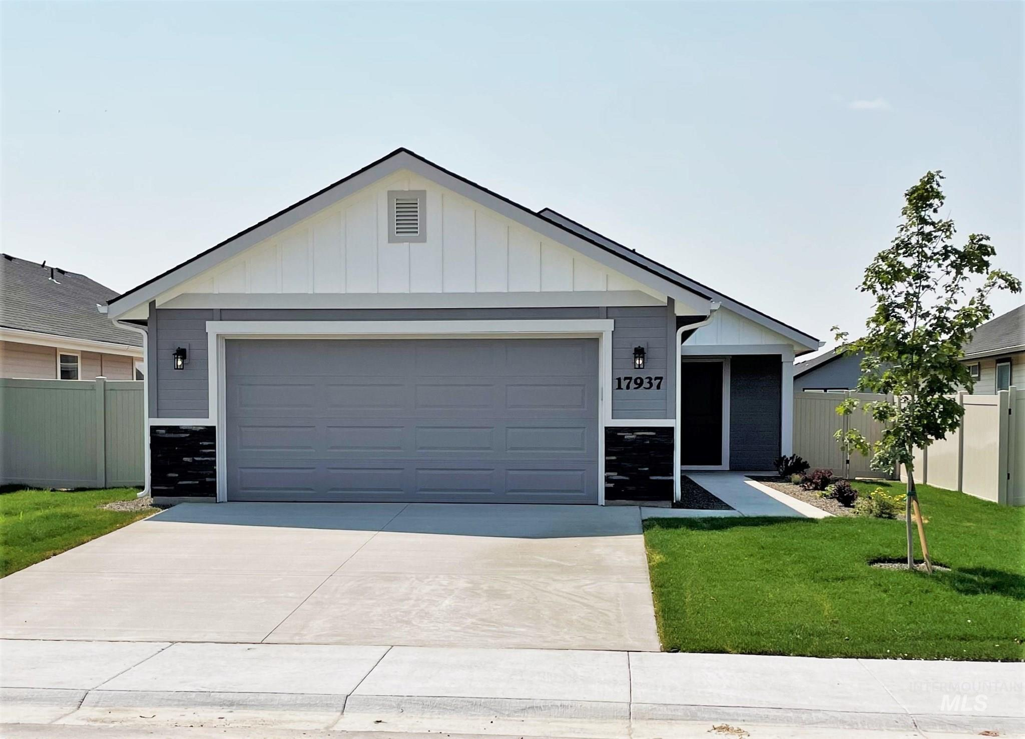 17905 Ryans Ridge Ave. Property Photo