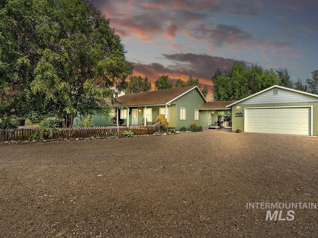9770 Kirkpatrick Rd Property Photo