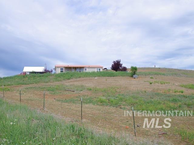 1211 Mesa Road Property Photo 5