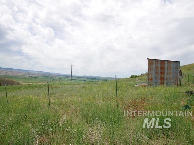 1211 Mesa Road Property Photo 9