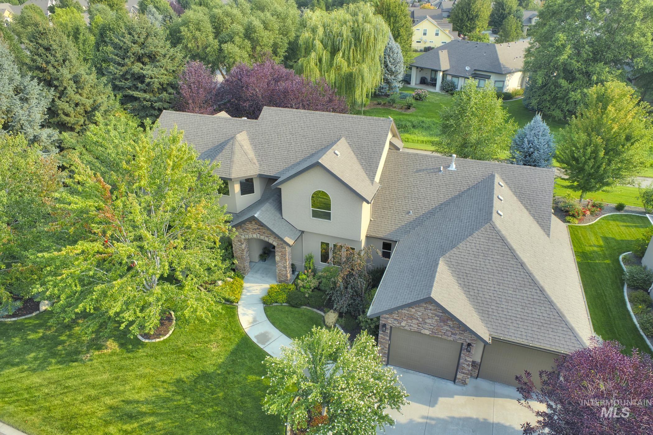 12160 W Pinewood River Lane Property Photo 1