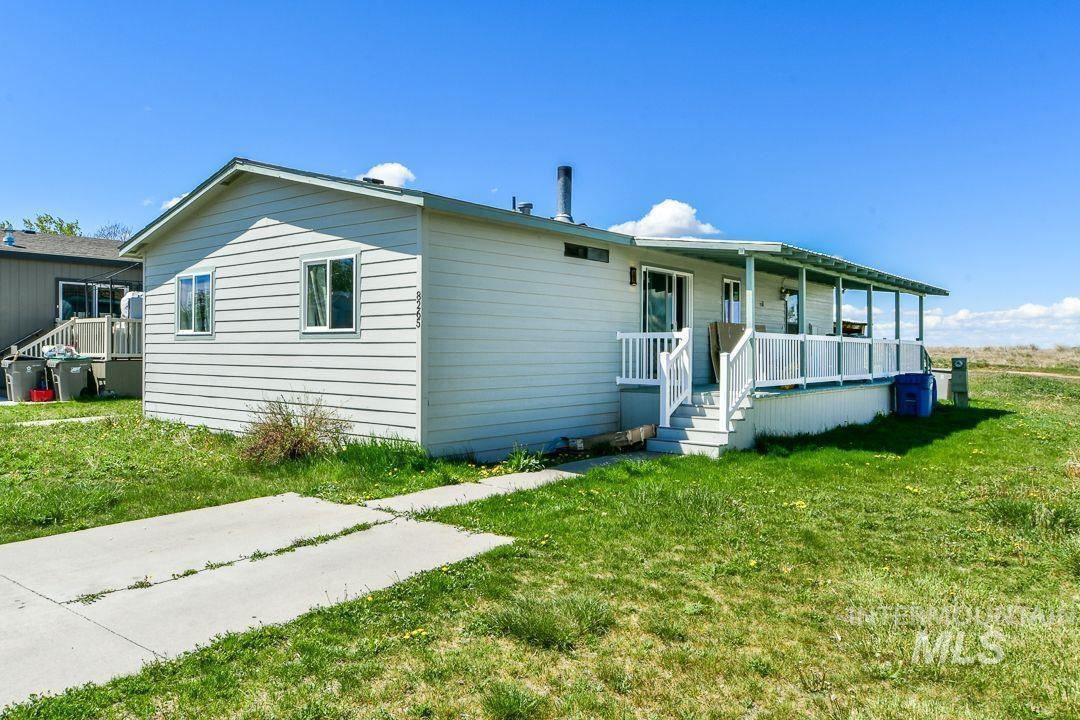 8265 Blue Heaven Ln Property Photo 1