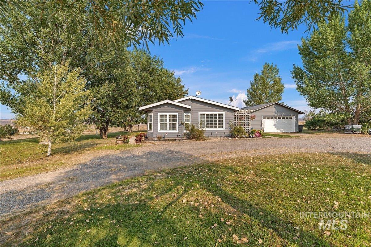 Eagle View Sub Real Estate Listings Main Image