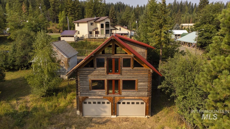 201 S 2nd Property Photo