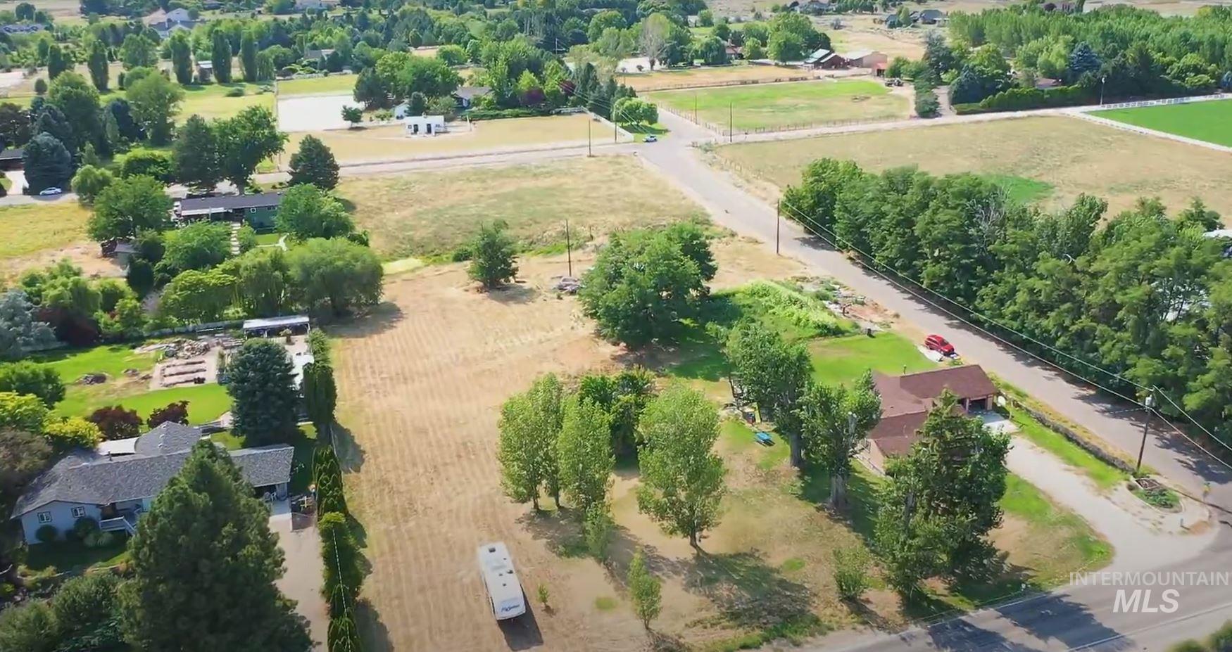 3635 N Eagle Road Property Photo
