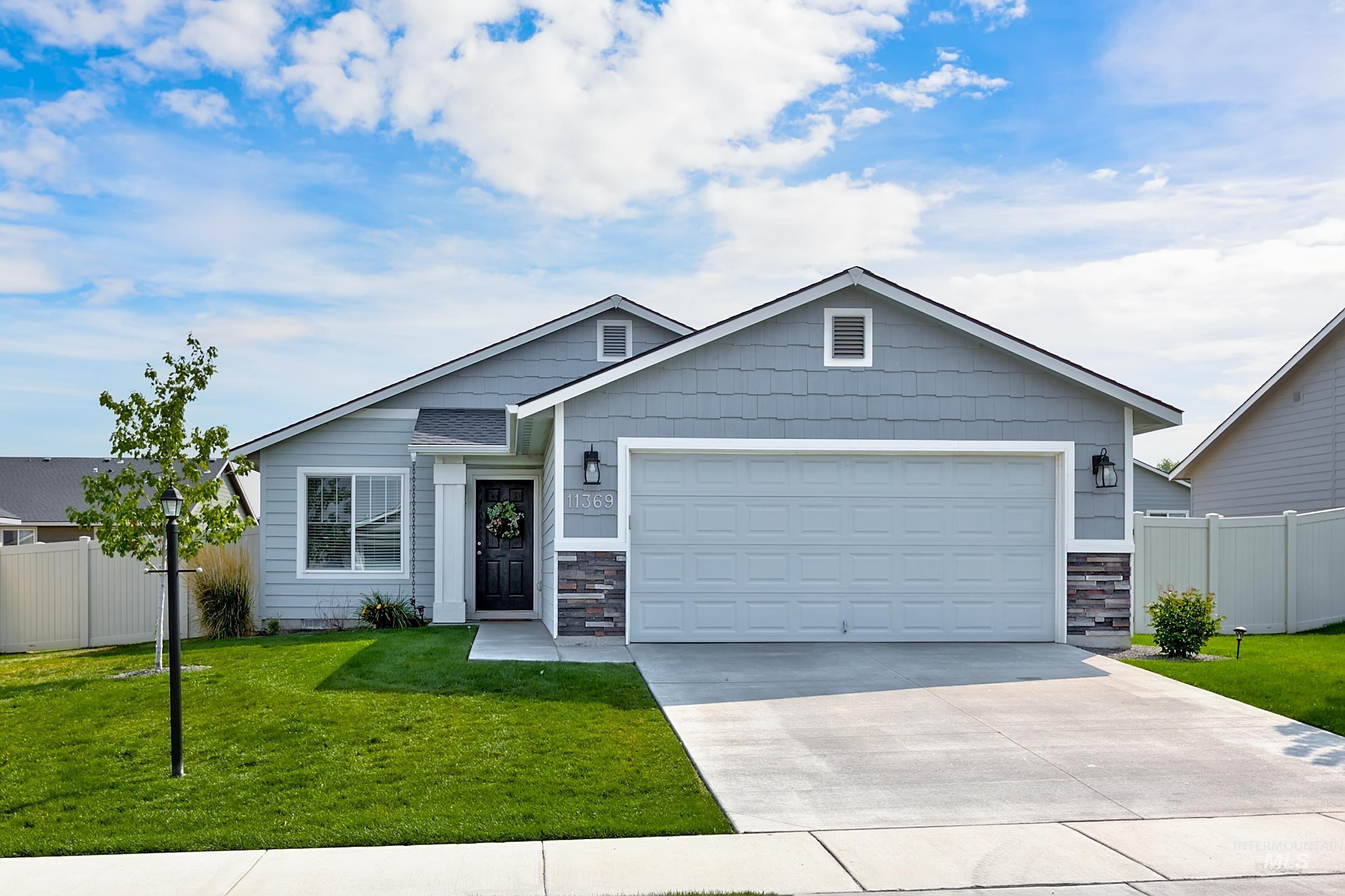 11369 W Redwood River Street Property Photo